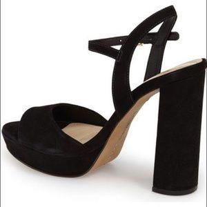 91c8b5512d018 Vince Camuto Black platform sandal.